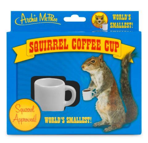 Cette tasse à café est réservée aux écureuils.