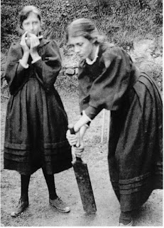 Virginia Woolf and Vanessa Bell Stephens