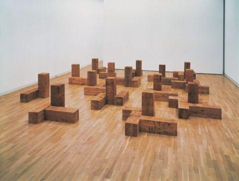 Blocs de bois brut, Carl Andre, 1975